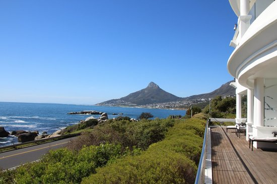 The Twelve Apostles Hotel and Spa: View of Camps Bay