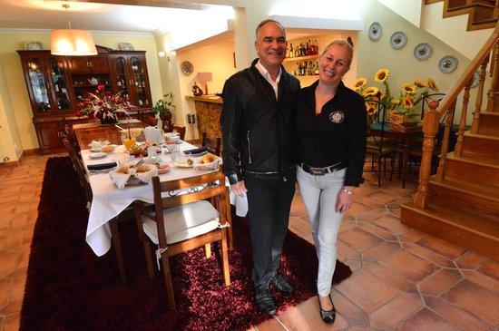 Villa d'Arcos: Hosts Alfredo & Belmira