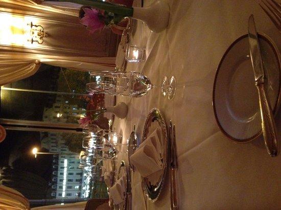 Gourmet Restaurant Koenigshof : Blick auf den Stachus