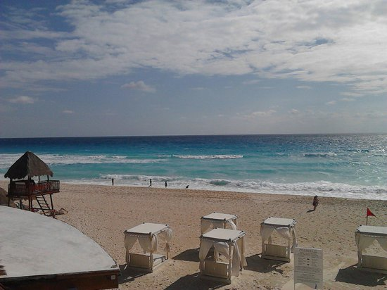 Omni Cancun Resort & Villas : Excelente playa