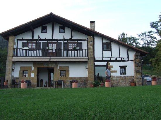 Casa Rural Arotzenea: Arotzenea,casa rural