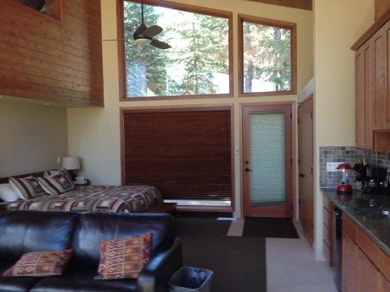 Montecito Sequoia Lodge : Main Floor 1