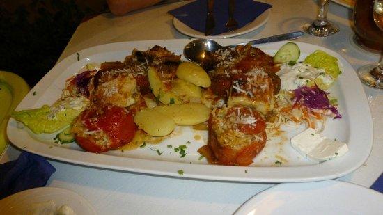 Kelariko Restaurant : Greek plate