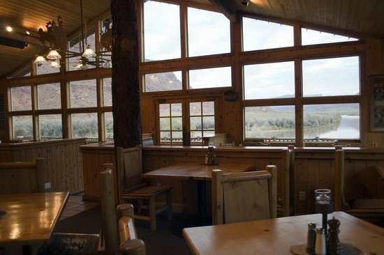 Red Cliffs Lodge: Morning at The Cowboy Grill restaurant