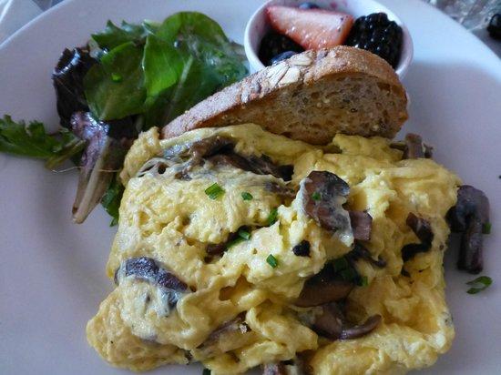 La Bergamote Pastries: Scrambled Eggs with Wild Mushrooms