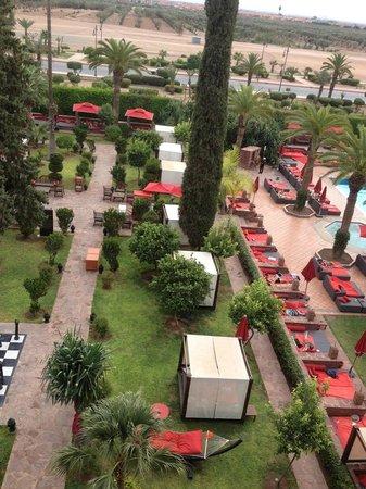 Sofitel Marrakech Palais Imperial : Vue depuis notre balcon.
