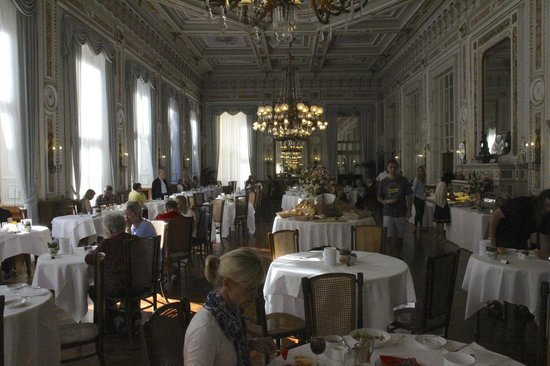 Grand Hotel Villa Serbelloni: Grand Ballroom breakfast