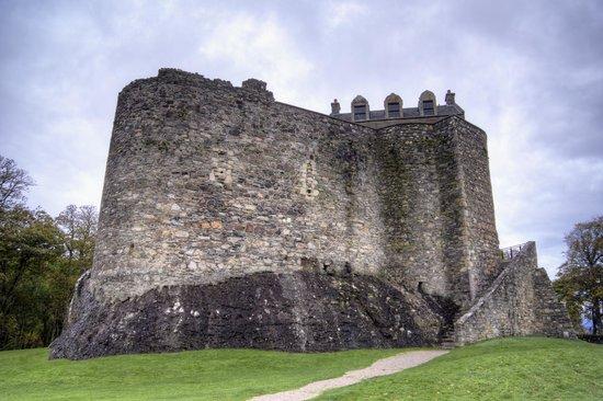 Dunstaffnage Castle & Chapel: The castle