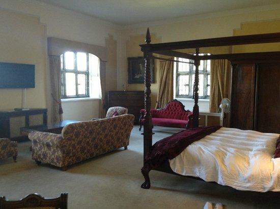 Waterford Castle Hotel & Golf Resort : Presidential Suite - Bedroom