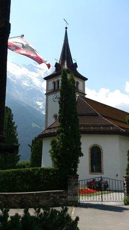 Grindelwald, Suiza: Гриндельвальд - це́рковь
