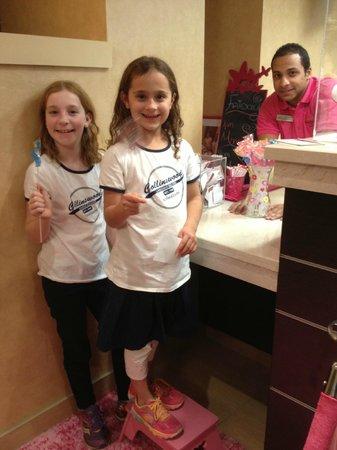 Residence Inn Atlanta Alpharetta/North Point Mall: Showing off their lollipops