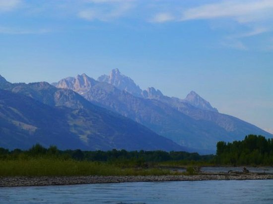 Teton Scenic Float Tours : lovely scenery