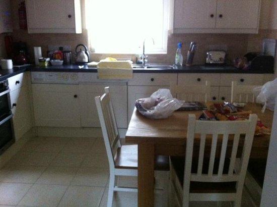 Moorings Reach: Kitchen area