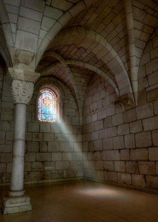 Cloisters of the Monastery of Saint Bernard de Clairvaux: St. Bernard de Clairvaux Prayer Room Window
