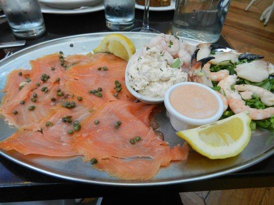Matt The Thresher: seafood platter