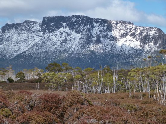 Cradle Mountain Huts: Overland Track
