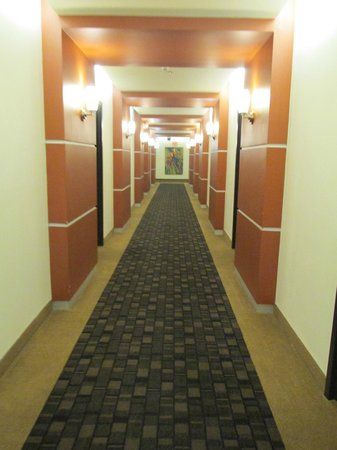 Days Inn & Suites Milwaukee : hall