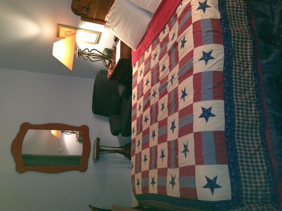 Etta's Place: Cozy B&B within walking distance to all Downtown Ft Worth have to offer.