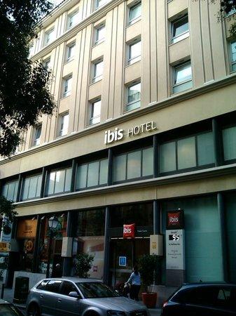 Ibis Madrid Centro : Fachada do hotel