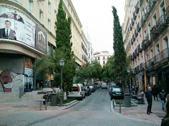 Ibis Madrid Centro: calle Manuela Malasana