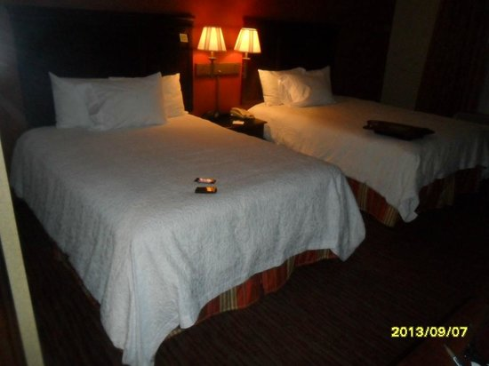 Hampton Inn Waterbury: Cama