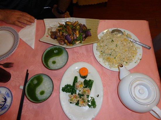 LongZe Cha JiuFang : Eggplant and green beans