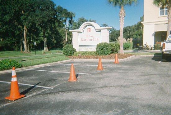 Hilton Garden Inn Jacksonville / Ponte Vedra : Sign at intersection