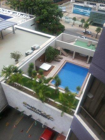 Windsor Plaza Brasília Hotel: Vista da piscina