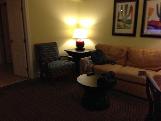 Pointe Hilton Squaw Peak Resort: Living area