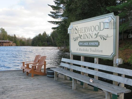 Sherwood Inn : Waterfront