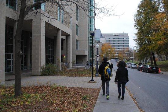 Queens University: Other Queen's University buildings