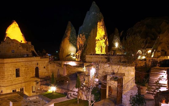 Cappadocia Cave Suites: CCS at Night
