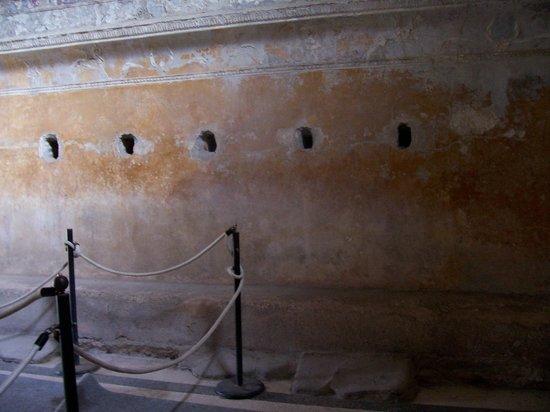 The Forum Baths: The Apodyterium