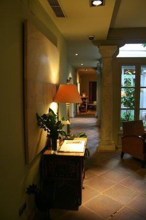 Hospes Las Casas del Rey de Baeza Sevilla: Zona común, sala de lectura