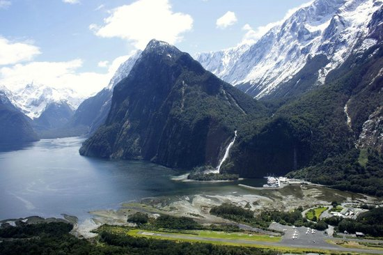 Glacier Southern Lakes Helicopters: Milford sound from the helicopter