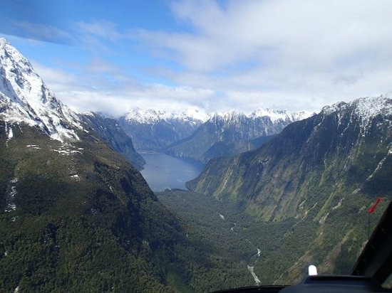 Glacier Southern Lakes Helicopters: Milford Sound / Fiordland from the helicopter