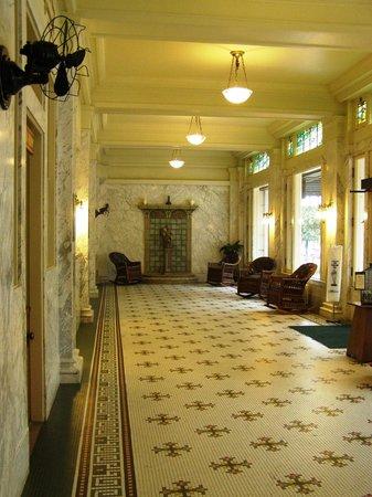 Fordyce Bathhouse (Vistor Center): Lobby
