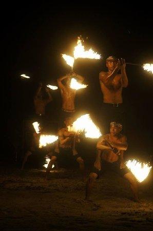 Peter Pan Resort: flaming dance @ peter pan resprt