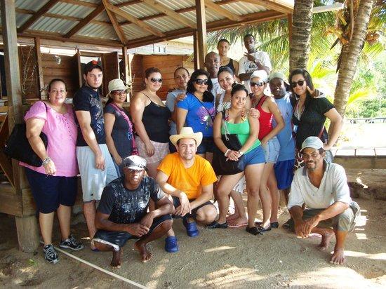 Cabanas Laru Beya: El Grupo de Alumnos de Turismo UTH
