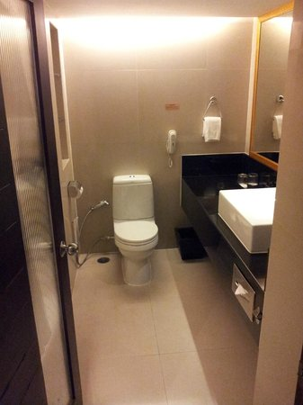 Eastin Hotel Makkasan: Clean and Efficient