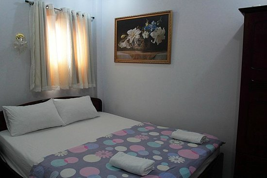 Vy Khanh Guesthouse: Room