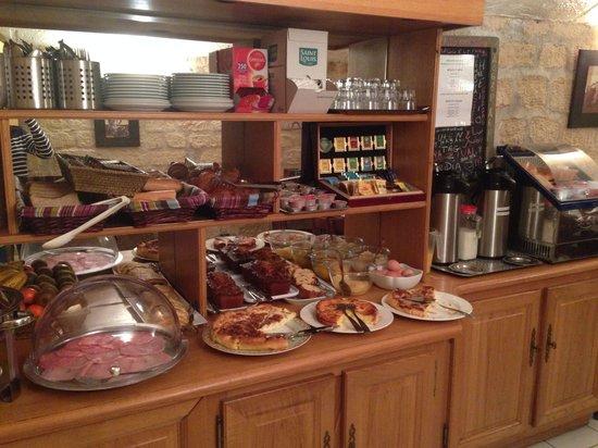 Eiffel Kennedy Hotel: petit déjeuner