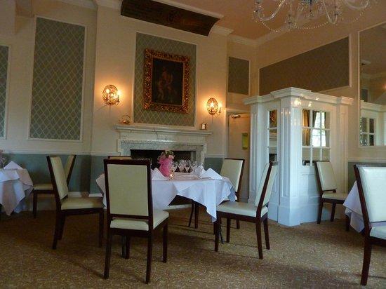 The Shelleys: Dining Room