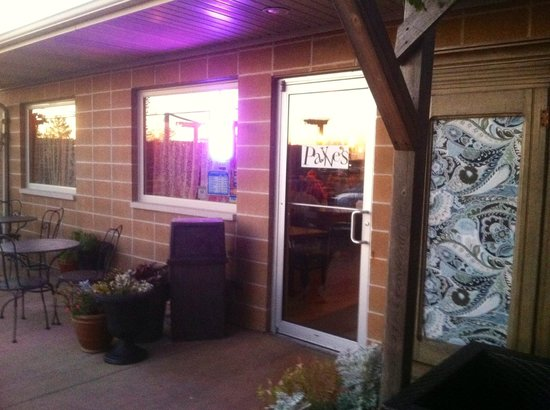 Payne's: Unassuming entrance to Paynes Restaurant in Gas City