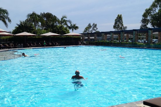 Crowne Plaza Hunter Valley : Swimming pool