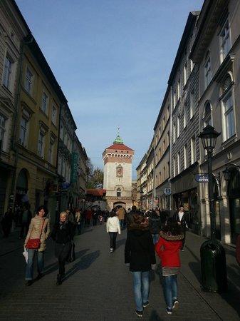 Ulica Florianska: Calle Florianska en dirección opuesta a la plaza del mercado