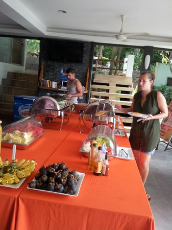 Montalay Beach Resort : Buffet breakfast not always other days are menu but its the samething