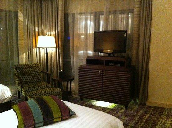 Movenpick Hotel West Bay Doha: great lights & big flat tv