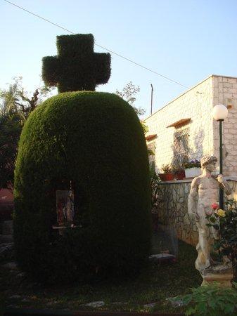 Casa MariAngi : Дом напротив...