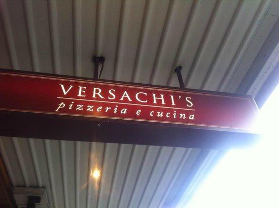 Versachi's: Facade